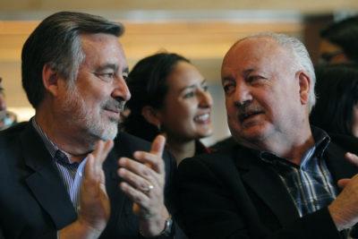 """Guillier fue proclamado por el PC: """"Es el único candidato que puede vencer a Sebastián Piñera"""""""