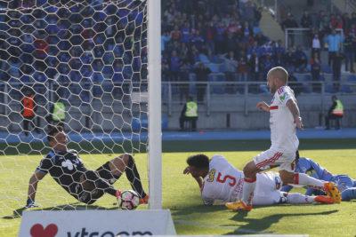 VIDEO | El gol de Lorenzetti con complicidad de Miguel Pinto que no pasó colado en el Monumental