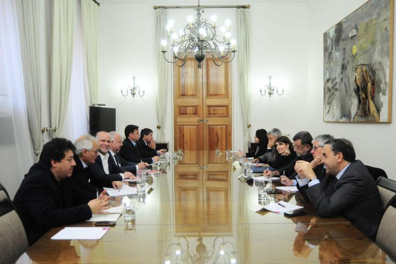 La Moneda citó a comité político de último minuto por elección de gobernadores regionales