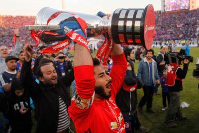 """Johnny Herrera: """"Es un orgullo haberle ganado cuatro definiciones a Colo-Colo"""""""