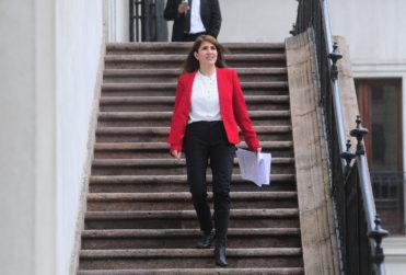 """Gobierno pide a la Confech """"discutir"""" en el Congreso tras llamado a marcha para la Cuenta Pública"""
