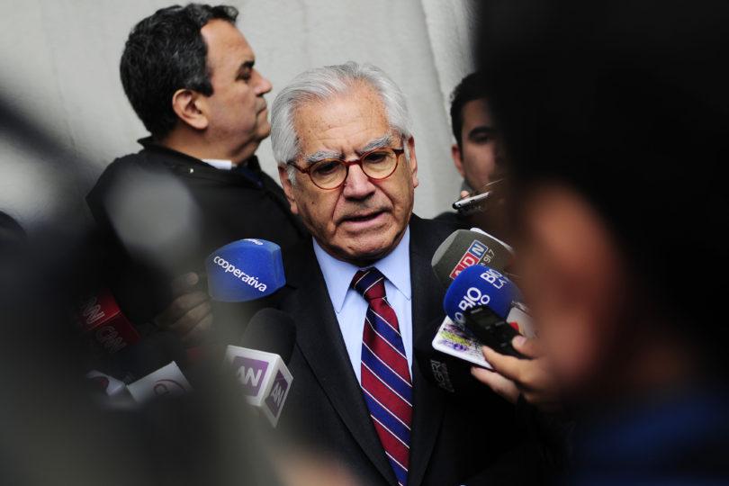 Ministro Fernández se inspira en frase del Opus Dei para responder por su interpelación