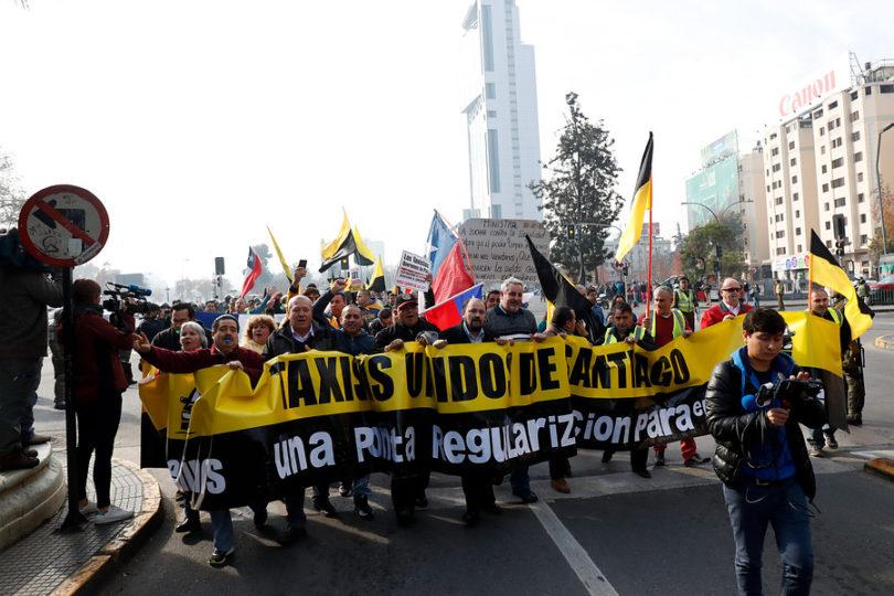 Taxis, Uber y Cabify: La otra batalla de la calle