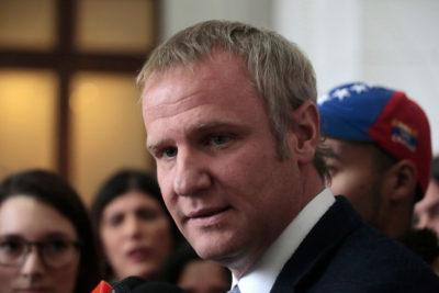 Felipe Kast denunciará a Nicolás Maduro de crímenes de lesa humanidad ante La Haya