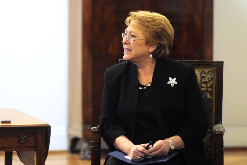 """Bachelet pide lista parlamentaria única: """"Ir con dos candidatos es inédito en nuestra experiencia"""""""