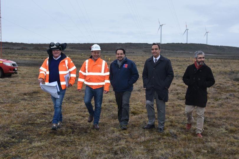 """Ministro de Energía: """"ENAP da a los magallánicos la oportunidad de potenciar la energía eólica"""""""