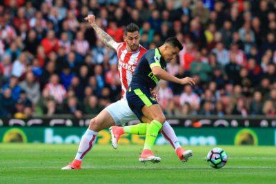 VIDEO | No le importaron las molestias físicas: el gol y la brillante asistencia de Alexis Sánchez