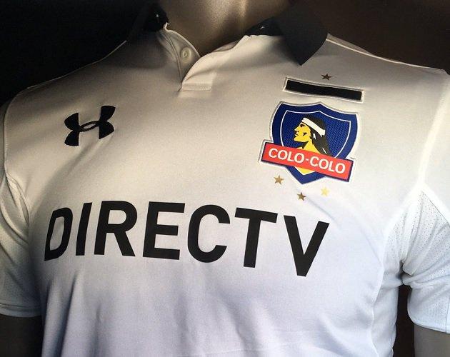 FOTO |Filtran la nueva camiseta de Colo Colo… de color rojo