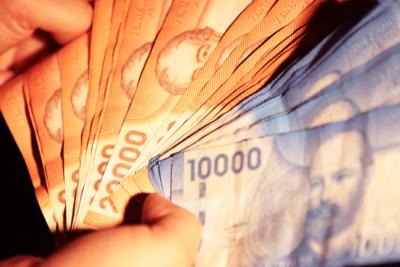 INE: sueldos en el sector público son 41% más altos que en el sector privado
