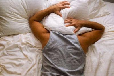 Experto asegura que trastorno del sueño REM podría aumentar posibilidad de demencia o parkinson