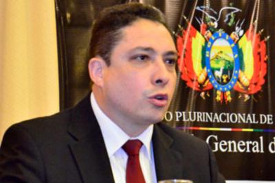 """Ministro boliviano visita a militares detenidos"""": Este caso quedará grabado en la infamia"""""""