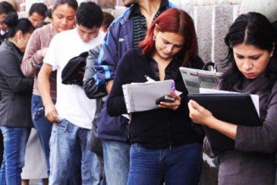 Aumenta la brecha: desocupación laboral de mujeres es mayor que la de los hombres