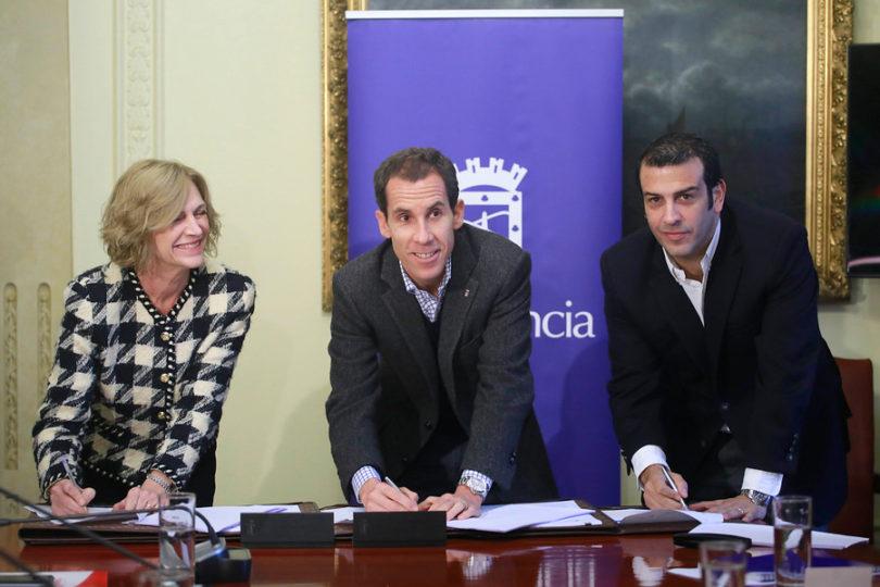 """Como en los cómics: Matthei, Alessandri y Delgado crean la """"Liga Contra la Delincuencia"""""""