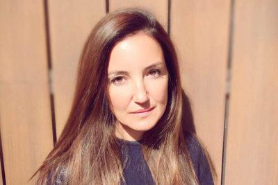 Premian a Lucy Avilés por su labor con el SuperTanker en los incendios forestales
