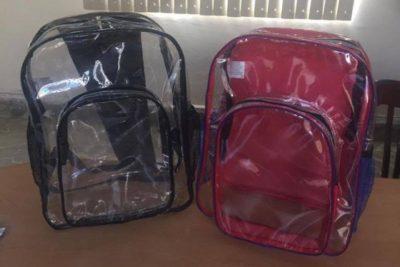 Polémica en México: mochilas transparentes para prevenir tiroteos en colegios