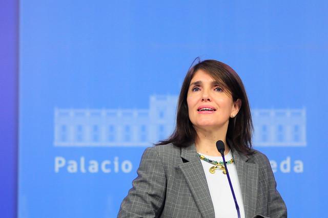 """Ministra Narváez insiste en que """"no hay posibilidad de condonación de la deuda del CAE"""""""