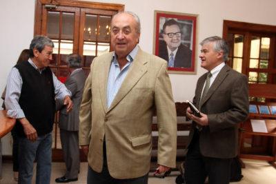"""Óscar Guillermo Garretón: """"La centro izquierda no está en condiciones de dar gobernabilidad sólida al país"""""""