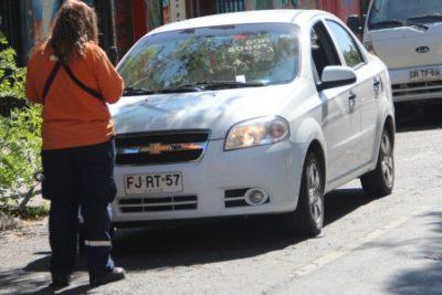 Justicia ordena a empresa de parquímetros de Recoleta devolver los cobros a los usuarios