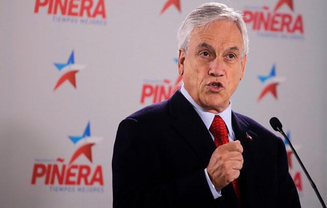 """""""Piñera continúa defendiéndose de las críticas:"""