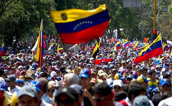 Director de Human Right Watch corrige a Michelle Bachelet por declaraciones sobre crisis en Venezuela