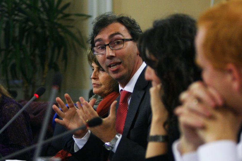 """Raúl Figueroa, director de Acción Educar: """"Insistir con la gratuidad universal es un error"""""""