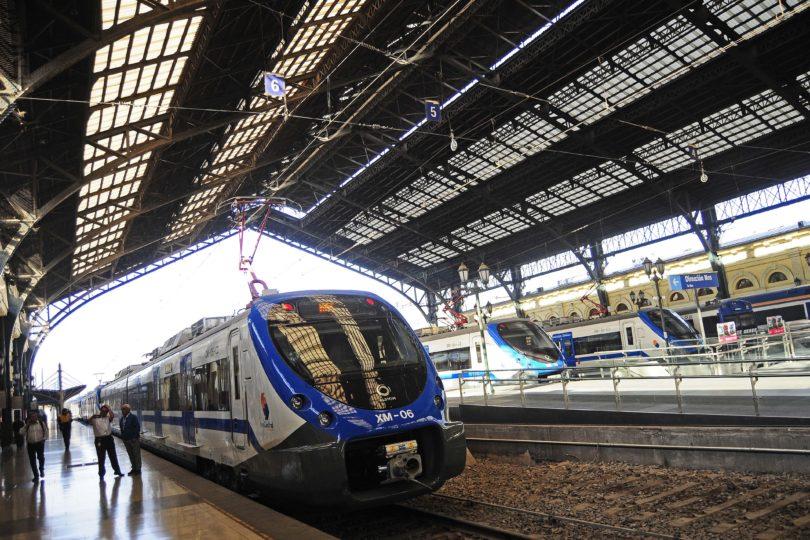 País OCDE: Nuevo tren a Nos ha sufrido 80 apedreos en 90 días