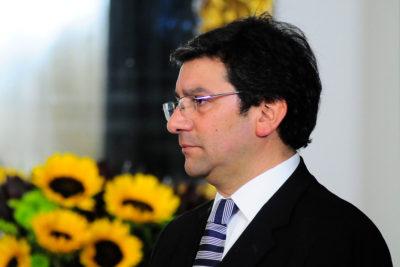 Terremoto en candidatura de Goic: ex ministro Pablo Badenier renunció como jefe de campaña
