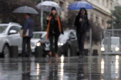 Santiago nuevamente colapsó con la lluvia