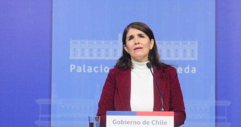 """""""Gobierno respalda al general Villalobos tras ser vinculado a caso de Derechos Humanos"""""""