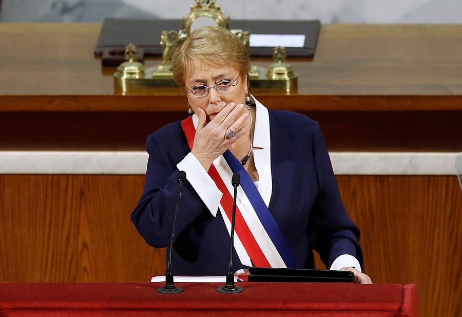 """Diputada UDI relaciona catástrofes naturales con Bachelet y le recuerda a Sharp cuando """"rompía inmobiliario público"""""""