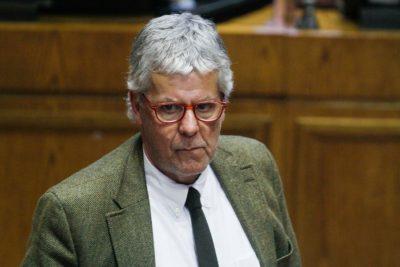 """Eyzaguirre a Piñera: """"No se puede certificar el pago de impuestos en un paraíso fiscal"""""""