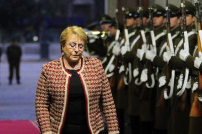 "Presidenta Michelle Bachelet hizo llamado a mineros atrapados en Aysén: ""No están solos"""