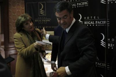 """Pilar Molina le responde al hijo de Manuel José Ossandón: """"Sorprende que el candidato haya decidido victimizarse"""""""