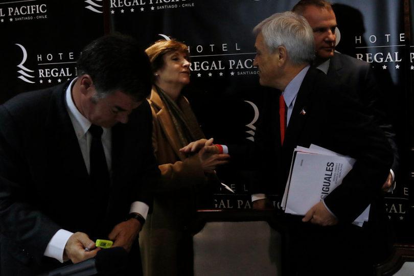 Pilar Molina versus Ossandón: la polémica política del momento bajo la lupa de cinco periodistas