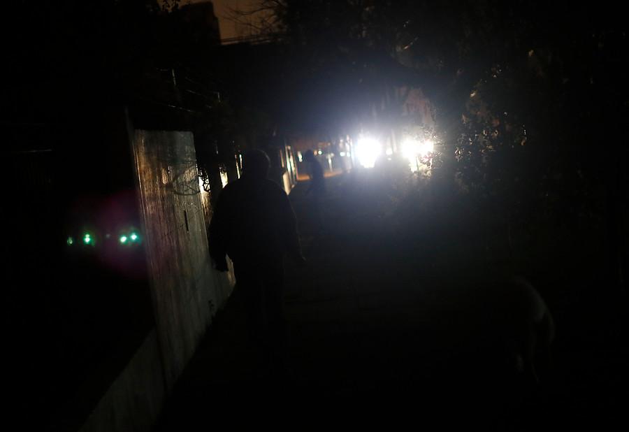Municipio de Maipú invitó a vecinos a sumarse a demanda colectiva contra Enel por cortes de luz