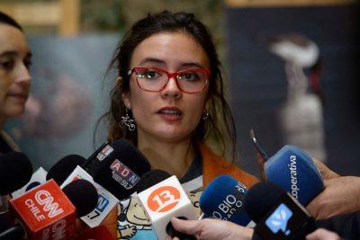 """La crítica de Camila Vallejo a Beatriz Sánchez por decir que es la primera """"candidata feminista"""""""