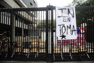A cuatro horas del desalojo, el Instituto Nacional vuelve a estar en toma