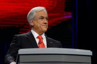 """Piñera y el puente Cau Cau: """"Lo lamento, pero se diseñó en el gobierno de Bachelet"""""""