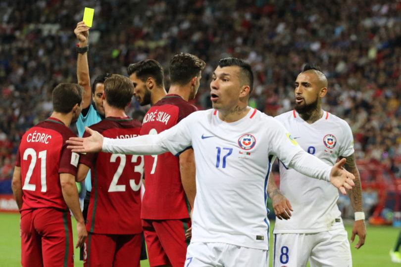 """""""Cuidado en la final"""": histórico árbitro argentino advierte a Chile por escándalo del VAR ante Portugal"""