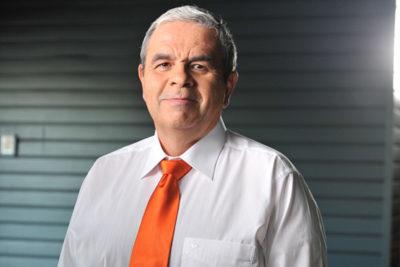 Aldo Schiappacasse sale del clóset político y entrega su real opinión sobre Bachelet