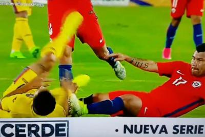 VIDEOS |Pura violencia: en qué estaban pensando Charles Aránguiz y Gary Medel