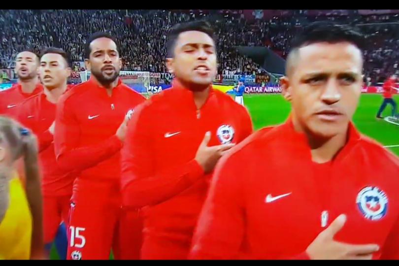 VIDEO |El emotivo himno chileno que los alemanes intentaron tapar con pifias
