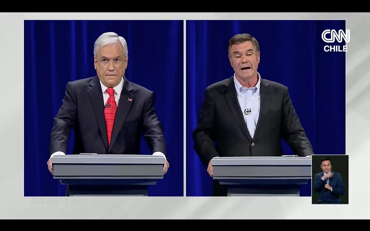 VIDEO | El rostro de Piñera cuando le hablaron del Banco de Talca