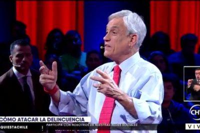 """VIDEO   El momento en que Piñera le pide a un lonko que no le diga """"paco"""" a Carabineros"""