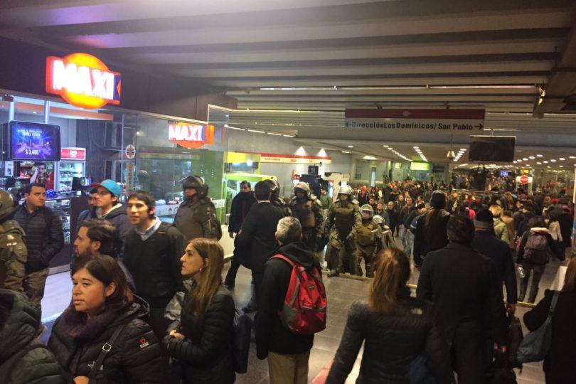 VIDEOS   Metro aclara incidente en estación Tobalaba que involucró presencia de FF.EE.
