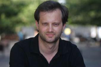 """Axel Kaiser respalda a Felipe Kast: """"Se puede ser liberal y contrario al aborto"""""""