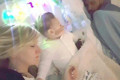 VIDEO | Padres se despiden de su bebé de 10 meses a horas de ser desconectado