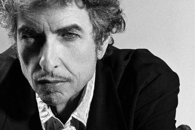 """Bob Dylan es acusado de plagiar discurso del Premio Nobel de versión anglo del """"Rincón del Vago"""""""