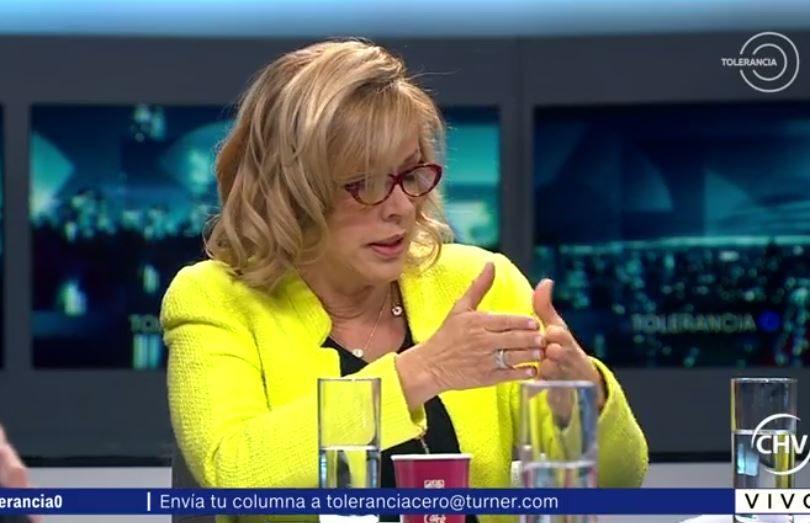 En medio de las críticas, Catalina Parot sale a Twitter para hacer una aclaración sobre Piñera