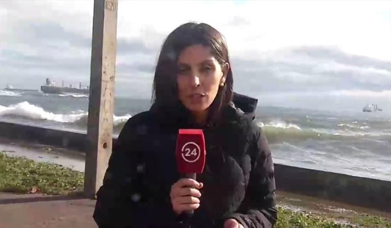 VIDEO |Reportera sufre el peor fail durante la cobertura especial por las marejadas